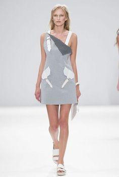 @Jacjacnjac | beloved design Jamie Wei Huang黃薇 2015春夏成衣系列 SS RTW Source: Taiwan Vogue