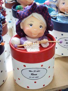 Caja souvenirs para cumpleaños de mujer .-