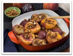 Roasted Chilean Peaches and Plums with Cookie Crumble. Use fresh Chilean fruit in your recipes! #fruitsfromchile