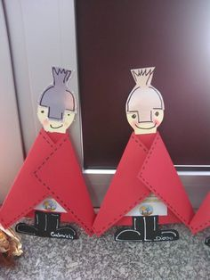 Resultado de imagem para S. MARTINHO Crafts For Kids To Make, Art For Kids, Diy And Crafts, Arts And Crafts, Paper Crafts, Fete Saint Martin, Hl Martin, All Souls Day, Catholic Crafts