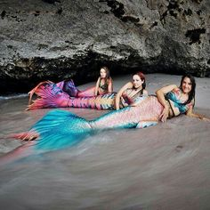 I would so love to be a mermaid to go swimming in a warm lagoon and haul up onto a beach