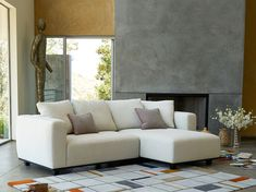 The Porter sofa is a modern sectional sofa from Italian furniture brand DellaRobbia. A reconfigurable, modular sofa for your modern living room design. Rearrange the pieces of this sectional sofa to fit your lifestyle and your room layout. It can be a smaller modern couch, or a larger sectional. It comes with removable backrests and a variety of upholstery colors. Available at Casa Spazio, a luxury furniture store in Chicago, IL www.casaspazio.com #modernfurniture #sectionalsofa #modernsofa Modern Furniture Living Room, Italian Furniture Brands, Luxury Furniture Showroom, Luxury Furniture Stores, Italian Furniture, Living Room Designs, Modern Sofa Sectional, Modern Seating, Living Room Design Modern