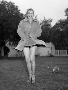 marilyn monroe coat picture 1950