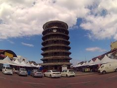 this tower look like Pisa tower in Italy.this is the landmark for Telok Intan - Menara Condong Telok Intan