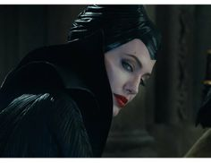 Angelina Jolie #Maleficent