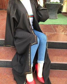 Dpz for girls Modern Abaya, Arab Swag, Abaya Dubai, Abaya Designs, Abaya Fashion, Girls Dpz, Photos, Street Style, Iphone App