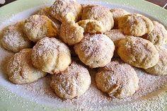 Vanille Quark Häufchen 4 The post Vanille Quark Häufchen appeared first o… - Backen Donut Recipes, Cake Recipes, Snack Recipes, Dessert Recipes, Dessert Blog, Brownie Recipes, Mini Desserts, No Bake Desserts, Chocolate Donuts
