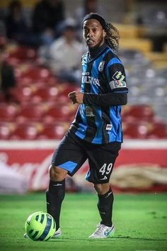 Queretaro Messi Soccer, Soccer Fans, Football Soccer, Best Football Players, World Football, Soccer Players, Ronaldo, Fifa, Barcelona Team
