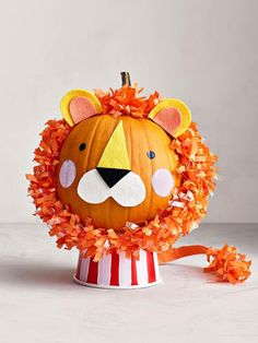 No Carve Pumpkin Lion Put down the carving knife! Get into the spooky Halloween spirit with these no-carve pumpkin decorating ideas, just right for little helping hands. Halloween Crafts For Kids, Halloween Pumpkins, Halloween Decorations, Halloween Cards, Foam Pumpkins, Painted Pumpkins, Pink Pumpkins, Pumpkin Art, Pumpkin Carving