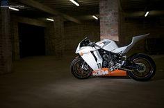 KTM RC8 racebike
