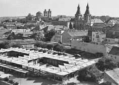 Piaccsarnok Eger belvárosában | Minden, ami Eger Hungary, Paris Skyline, Retro, Travel, Viajes, Destinations, Traveling, Trips, Mid Century