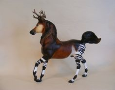 (Rare Breyer Horses) Is this even a breyer horse. If it is, it is awesome!