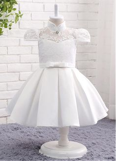 Modest Lace Flower Girl Dresses With Bowknot