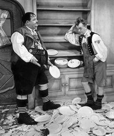 Laurel and Hardy - Swiss Miss (Oliver Hardy / Stan Laurel Laurel And Hardy, Stan Laurel Oliver Hardy, Great Comedies, Classic Comedies, Classic Films, Golden Age Of Hollywood, Classic Hollywood, Old Hollywood, Hollywood Style