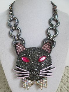 NWT Auth Betsey Johnson Dark Shadows Rhinestone Mouse Chain Statement Necklace #BetseyJohnson #Statement