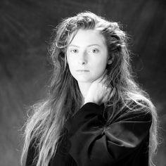 tilda swinton. (Ermahgawwwd she once had long hair! @__@)