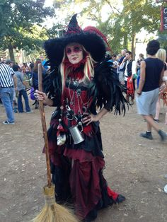 haute couture fashion Archives - Best Fashion Tips Witches Costumes For Women, Witch Costumes, Fantasy Costumes, Cool Costumes, Halloween Costumes, Costume Ideas, Theme Halloween, Cute Halloween, Halloween Witches