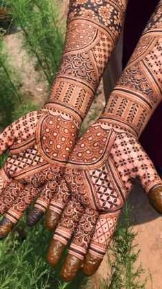 Rajasthani Mehndi Designs, Indian Henna Designs, Floral Henna Designs, Latest Bridal Mehndi Designs, Full Hand Mehndi Designs, Mehndi Designs 2018, Henna Art Designs, Mehndi Designs For Girls, Mehndi Design Photos