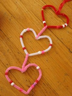 Pipe Cleaner Heart Garland -  repinned by @PediaStaff – Please Visit http://ht.ly/63sNt for all our pediatric therapy pins