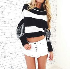 For a cold summer night or bonfire All About Fashion, Passion For Fashion, Musik Download, Fashion 101, Womens Fashion, Summer Outfits, Cute Outfits, Summer Clothes, Weather Wear