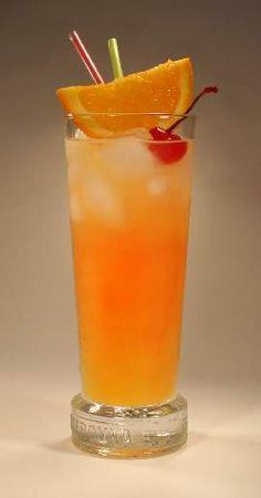 ATOMIC CAT - lahodný míchaný nápoj z pomerančového džusu a toniku Martha Stewart, Food Styling, Smoothie, Shot Glass, Tableware, Pineapple, Dinnerware, Tablewares, Smoothies