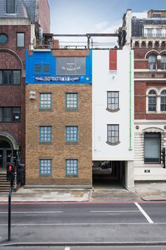 Upside down building by Alex Chinneck