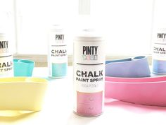 How to decorate a coat rack with PintyPlus chalk paint spray - Pintyplus Coat Paint, Paint Primer, Spray Chalk, Pink Petals, Coat Hanger, Pastel Colors, Adhesive, Diy, How To Apply