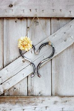 Heart made from horseshoes. This would be great for a country wedding!