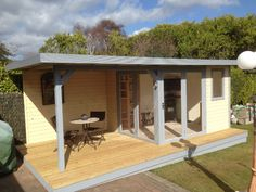 Garden Office Rooms & Buildings in Poole, Bournemouth - Luxury Summer Houses