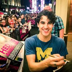 #HedwigOnBway stage door (June 16, 2015)