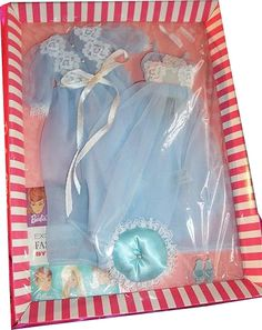 Barbie Party, Barbie I, Barbie And Ken, Barbie Dress, Barbie Outfits, Barbie Stuff, Vintage Barbie Kleidung, Vintage Barbie Clothes, Vintage Dolls
