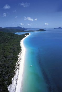 Whitehaven Beach Whitsunday Island Australia. LIVE IT WITH JUMP! Source Unknown