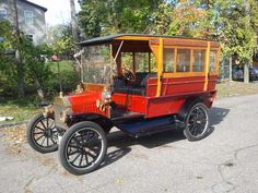 1912 Model T Ford Bus
