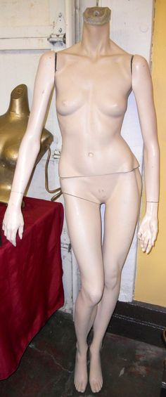 VINTAGE LADY MANIQUIN. She is life-sized and comes in five parts.  Ready for display.  https://www.proxibid.com/asp/Catalog.asp?aid=83110