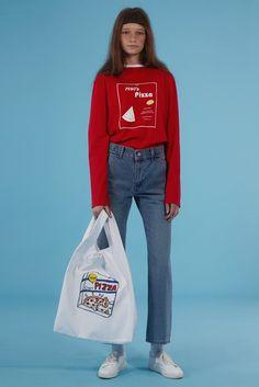 Fondée début 2014, la très cool marque coréenne Ader Error n'a qu'un seul principe : revisiter ces classiques... #cartonmagazine