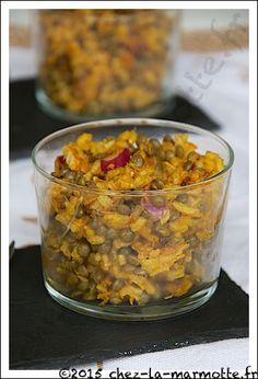 Salade de riz et de lentilles au thon et aux oignons rouges