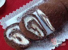 Nadýchaná roláda s marmeládou hotová za 15 minut Kakao, Kefir, Muffin, Food And Drink, Pie, Treats, Cookies, Drinks, Breakfast