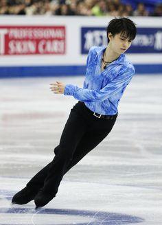 http://www3.pictures.zimbio.com/gi/Yuzuru+Hanyu+ISU+Grand+Prix+Figure+Skating+oUxRAJ-2-Nhx.jpg