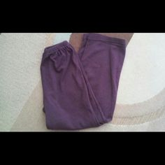 PRICE CUT! Willow Purple-Pink Sweatpants FINAL PRICE CUT! Made by Willow who create simple and comfortable clothing, purple with a hint of pink traditional sweat pants in very good condition, beyond comfy and super soft, size medium Willow Pants Track Pants & Joggers