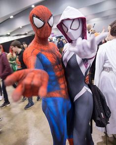 "c6b68768681e6 Bianca Bella on Instagram  ""I debuted my Spider-Gwen cosplay alongside   prototypemale at  ozcomiccon last weekend! Can t tell you how happy I am  to finally ..."