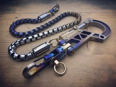 Wallet Chain, Old School, How To Look Better, Old Things, Pure Products, Style, Swag, Outfits