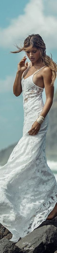 BOHEMIAN WHITE ≫∙∙☮ Bohème Babe ☮∙∙≪• ❤️ Curated by Babz™ ✿ιиѕριяαтισи❀ #abbigliamento #bohojewelry #boho