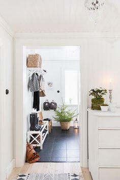 hallway, entrance, coat hooks, tiles, wellies, shoe rack, home, interior