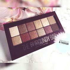 Endlich habe ich sie the burgundy bar Palette von Maybelline. Die Farben sind so schön.     #drogerie #drogeriehaul #drogerienews #neubeirossmann #neubeiessence #neubeidm #douglas #schminke #essencecosmetic #beautyblogger #love #instagood #makeuprevolution #rivaldeloop #balea #catrice #trenditup #aufgebraucht #instabeautyblogger #dupe #palettes #makeup #makyaj #maybelline #yeniblogger #essie #rossmanntürkiye #anastasiabeverlyhills #foundation
