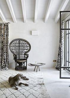 Une maison rustique et minimaliste aux Baléares