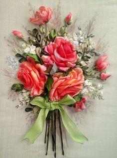 """Ricamo """" Rose.""""  Silk ribbon embroidery,applicazione,ricamo a mano,quadro da incorniciare"""