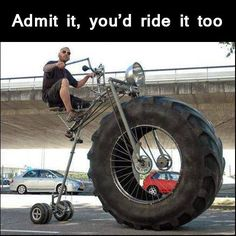 これが自転車?3輪車だね。