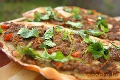 Лахмаджун — пицца по-турецки