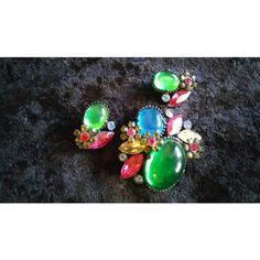 Vintage Rhinestone Brooch Earring Set Vintage Demi Parure 1950's Old... ($65) ❤ liked on Polyvore featuring jewelry, vintage jewellery, rhinestone jewelry, vintage jewelry, vintage rhinestone jewelry and mod jewelry