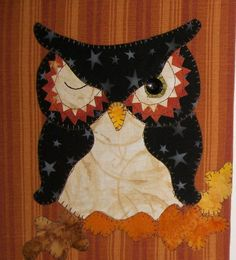 Owls are a popular addition to quilting projects. They are such cute little creatures that it only makes sense that they end up on everything from quilts to coasters, clothing to bags and any gift item imaginable. Craftsy has no shortage of owl quilt pattern ideas to inspire your next project!